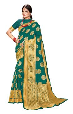 Rama green saree with blouse. Paired with the matching blouse piece. Banarsi Saree, Silk Sarees, Green Saree, Designs For Dresses, Looking Stunning, Types Of Fashion Styles, Indian Outfits, Sari, Clothes For Women