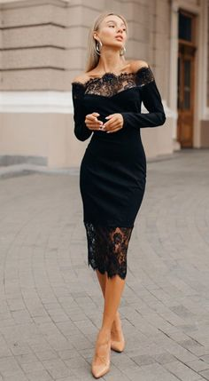 Pretty Prom Dresses, Black Wedding Dresses, Short Dresses, Classy Outfits, Chic Outfits, Beautiful Outfits, Pencil Dress Outfit, Pencil Dresses, Gossip Girl Outfits