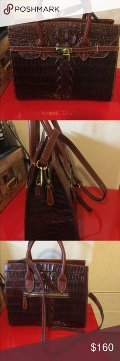 New Pijushi Leather Alligator Bag Brown This bag is gorgeous handles and shoulder strap  13.5 x 12 x 4.5 The brand is Pijushi sturdy large leather bag I would say cross between Hermès and Brahmin pijushi Bags Shoulder Bags