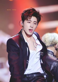 Find images and videos about kpop, Ikon and kim on We Heart It - the app to get lost in what you love. Kim Hanbin Ikon, Ikon Kpop, Ikon Leader, Koo Jun Hoe, Ikon Debut, Ikon Wallpaper, New Memes, Funny Memes, Guy Pictures