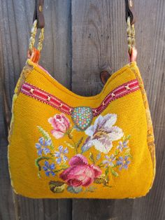 Vintage Rose Needlepoint Velvet Chenille Leather ou Bolsa.