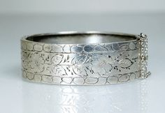 Antique Victorian Silver Hinged Bangle