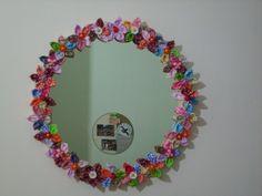 Maricota - trabalhos manuais: Espelho decorado com flores em fuxico