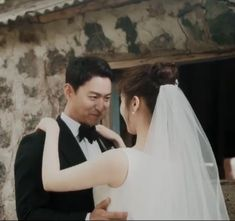 Joo Jin Mo, Wedding Dresses, Fashion, Bride Dresses, Moda, Bridal Gowns, Fashion Styles, Wedding Dressses