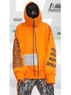 "SMILE"" may be a fashion attitude of the ABOW brand. It uses a more bold color. The letter decorations are extraordinary. Sport Fashion, Mens Fashion, Fashion Outfits, Fashion Trends, Mens Sweatshirts, Hoodies, Mode Editorials, Athletic Fashion, Apparel Design"