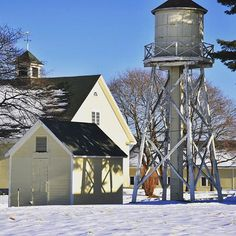 Laudholm Farm is always such a picturesque location for taking photos, all year round. I love the snow in the shadows. Plus, a bright blue sky doesn't hurt! #wellsreserveatlaudholm #wells #snow #laudholm #farm #watertower #maine #NewEngland #Snowfall #BlueSky #WinterInMaine