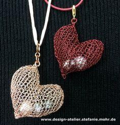 wire crochet pendant HEART HERZ von smdesignatelier auf Etsy