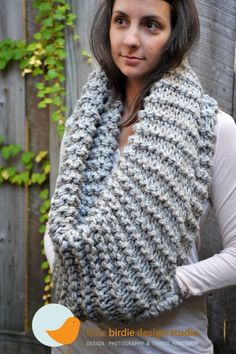 marble grey chunky cowl with pocket .