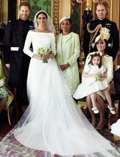 Conheça x tendências para casamento 2019 Celebrity Wedding Dresses, Celebrity Weddings, Wedding Gowns, Wedding Flowers, Meghan Markle Dress, Meghan Markle Wedding Dress, Royal Brides, Royal Weddings, Wedding Styles
