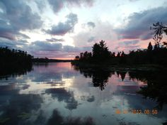 Sunset on Lake of the Woods, Kenora, Ontario Places To Travel, Places To See, Lake Tattoo, Canada Travel, Best Vacations, Ciel, Nature Pictures, So Little Time, Beautiful Landscapes