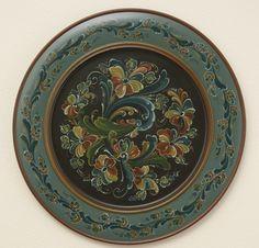 17- Louthain Plate.jpg