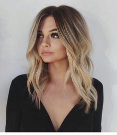 27 Amazing Hairstyles for Long Thin Hair (Must-See Haircuts for Fine Hair) - Hair & Makeup - Frisuren Short Balayage, Hair Color Balayage, Ombre Hair Color, Haircolor, Blonde Balayage Bob, Ombre Hair Bob, Baylage Ombre, Baylage Brunette, Blonde Bayalage Hair