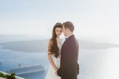 Santorini photo shoot. #santorini #photosession #photographersantorini #whattososantorini #greece #travel #memories
