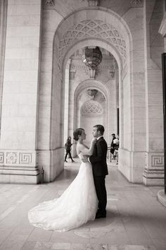 A completely stunning real-life wedding from the New York Public Library that you have to see - click for all the gorgeous pics
