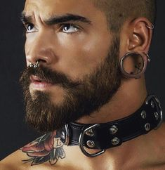 Paris Master into leather, rubber, skinheads. Posting pix of his turn ons and sharing some of his experiences with his in-training Boy M. Septum Piercing Men, Men's Piercings, Facial Piercings, Moustaches, Brylcreem, Mens Facial, Leder Outfits, Hommes Sexy, Beard Tattoo