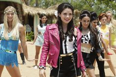 Teen Beach 2 style: A guide to what Lela (Grace Phipps) wore in the Disney Channel movie Grace Phipps, Team Beach Movie, Teen Beach 2, Big Twist, Movies And Series, Disney Channel Stars, Celebrity Crush, Actors & Actresses, Grease