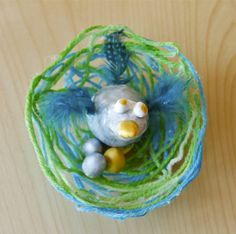 Holly's Arts and Crafts Corner: 2012: Mommy Art Camp--Model Magic Birds