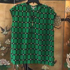 Michael Michael Kors blouse Great condition,Size large, Material 100 percent polyester. MICHAEL Michael Kors Tops Blouses