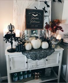 Halloween is a very special holiday. You can have an unusual day with scary decorations. In addition to the living room, the perfect place to design with the taste of Halloween is your bar. The…Read Halloween Entryway, Halloween Living Room, Farmhouse Halloween, Halloween Home Decor, Diy Halloween Decorations, Halloween Crafts, Outdoor Decorations, Halloween Office, Halloween Mantel