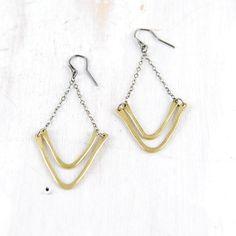 Silver and Brass Chevron Earrings Gorge fail CANOE par failjewelry
