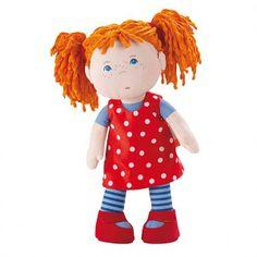 Fabric doll Haba. La bambola Pippi, con i suoi occhioni azzurri, vi guarda curiosa o interrogativa, in attesa di essere presa in braccio o portata in giro per una passeggiatina. Trovate lei e tante altre amiche su http://www.giochiecologici.it/c/33/bambole-e-pupazzi