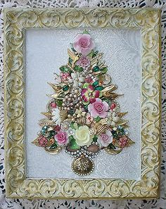 Vintage Jewelry Repurposed Vintage Shabbiest of Chic Romantic Pink Valentine's Day Inspired Rhinestone Jeweled Collage Art Tree * Brooches, Pins, Earrings, Bits Jeweled Christmas Trees, Christmas Tree Art, Christmas Jewelry, Xmas Trees, Vintage Christmas Trees, Costume Jewelry Crafts, Vintage Jewelry Crafts, Vintage Jewellery, Antique Jewelry