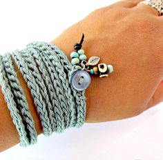 Crochet wrap bracelet / necklace teal cuff di CoffyCrochet su Etsy