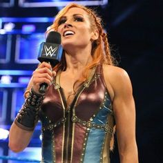 After forcing Mandy Rose to tap to the Dis-arm-her, Becky Lynch thanks the WWE Universe and talks about how great it feels to win. Wrestling Divas, Women's Wrestling, Becky Lynch, Female Wrestlers, Female Athletes, Wwe Women's Division, Rebecca Quin, Vampire Diaries Seasons, Wwe Girls