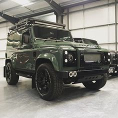 Land Rover Defender 90 Td4 Sw Se customized Twisted. Brand new Keswick Green Over Land Edition.