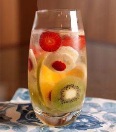 Clericot: anote a receita do drinque feito com frutas - Receitas - Receitas GNT