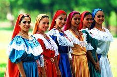 El Salvadoran women in traditional dress