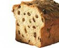 Pain cramique Le cramique (ou kramiek en flamand) est un pain brioché belge fourré de raisins secs. C'est une recette qu'on retrouve, à l'origine, dans les trois régions de Belgique : la Flandre, la Wallonie et Bruxelles Capitale. On le retrouve également dans le Nord de la France. Il est généralement consommé au petit déjeuner et au goûter, le plus souvent tranché, avec du beurre, de la confiture ou du cacao.