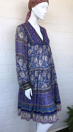 Vintage 70's Indian Dress / India Boho Cotton Gauze Dress Vintage Hippie, Boho Hippie, Vintage 70s, Dress India, Boho Fashion, Vintage Fashion, Quoi Porter, Gauze Dress, Tiered Dress