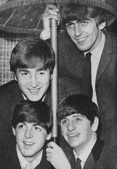 Beatles John - The Beatles Fan Art - Fanpop Beatles One, John Lennon Beatles, Beatles Photos, Beatles Funny, Liverpool, The Fab Four, Ringo Starr, George Harrison, Jimi Hendrix