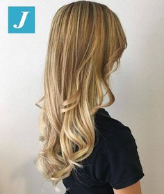 Il tuo Degradé Joelle! #cdj #degradejoelle #tagliopuntearia #degradé #igers #musthave #hair #hairstyle #haircolour #longhair #ootd #hairfashion #madeinitaly #wellastudionyc #workhairstudiocentrodegradejoelle #roma #eur