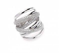Me encanta este anillo de Salvatore Ferragamo!!!!