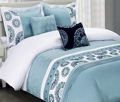 Moroccan Boho Medallion Blue 100-percent Egyptian Cotton 5 piece Bedding Duvet Cover Shams Set with Decorative Pillows - Boho style bedding set in aqua blue color for a beautiful bohemian bedroom decor    - #bohoduvetcover #bohemianduvetcover