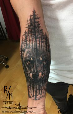 Forearm Tribal Bear Tattoos for Men Wolf Tattoo Forearm, Wolf Tattoo Sleeve, Cool Forearm Tattoos, Body Art Tattoos, Sleeve Tattoos, Cool Tattoos, Tattoo Wolf, Wolf Tattoos Men, Bear Tattoos