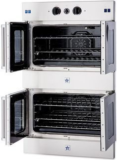 Double oven with french doors. Not having to bend over the oven door would totally save my back. Gas Wall Oven, Gas Oven, Wall Ovens, French Door Wall Oven, French Doors, Kitchen Oven, New Kitchen, Kitchen Ideas, Long Kitchen
