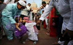 eid alfitr, new delhi, indian muslim, prayers, muslim boy, jama masjid, little boys, kid, rub nose