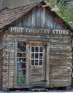 Pine Country Store by Richard Kelley Old General Stores, Old Country Stores, Country Life, Country Living, Abandoned Buildings, Abandoned Places, Haunted Places, Abandoned Mansions, Route 66