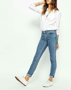 179e93f4d7f Jeans -Dark boot cut -Skinny jeans I can roll up like this Levis Jeans