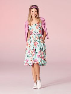 Floral Fashion, Modest Fashion, Retro Fashion, Fashion Dresses, Girly Outfits, Skirt Outfits, Vintage Inspired Dresses, Vintage Outfits, Dresses Online