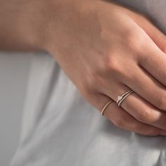 Solo Diamond ring by Mejuri. Handcrafted in 14K solid yellow gold with a diamond.