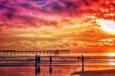 Ocean Beach blowing up. #sandiego #SanDiego_CA #california #Caliexplored #calisurfcheck #california4fun #oceanbeach #ob #nikon #nikond3200 #ig_addicts_fresh #ig_affair_weekly #lens_lovers_united #hidden_igers #sunshine #sunlight #sunset #rsa_sky #rsa_light #superhubs_sunset #superhubs_landscape #sunset_hub #sunset_stream #sunset_captures #sunsetsniper #sunset_madness #mextures #snapseed #mexturesapp