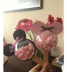 Great list of Minnie Mouse crafts, DIY Minnie Mouse party decorations, and DIY Minnie Mouse party favors! The Ultimate List of Minnie Mouse Craft Ideas! Cute Minnie Mouse crafts, Disney Party Ideas, DIY Crafts and fun food recipes. Mickey Party, Mickey Mouse Birthday, Minnie Mouse Favors, Minnie Mouse Decorations, Minnie Mouse Theme Party, Mini Mouse Party Favors, Mickie Mouse Party, Mickey Mouse Pinata, Mickey Mouse Treats