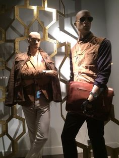 "MASSIMO DUTTI,Paris,France, ""Art and Fashion Collide"", pinned by Ton van der Veer"