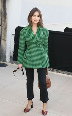 miroslava-duma-at-celine-fashion-show-fall-winter-2016-2017-in-paris-3-6-2016-1.jpg (1280×2043)