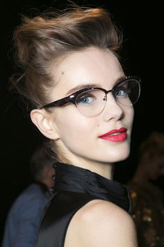 8 Makeup Mistakes to Avoid When You're Wearing Glasses | Beauty High