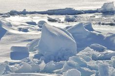 MELTING ICE COULD WAKE UP ANCIENT FROZEN VIRUSES